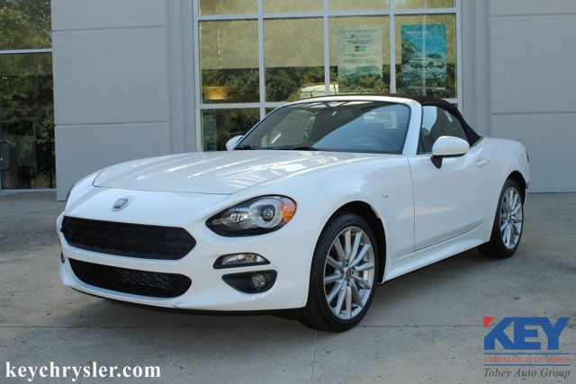 new 2018 fiat 124 spider lusso convertible in xenia #j60000 | key